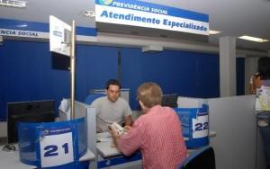 Elza Fiúza/ ABr - Segurado do INSS que quiser pedir a aposentadoria por tempo de contribuição deve ficar atento às novas regras.