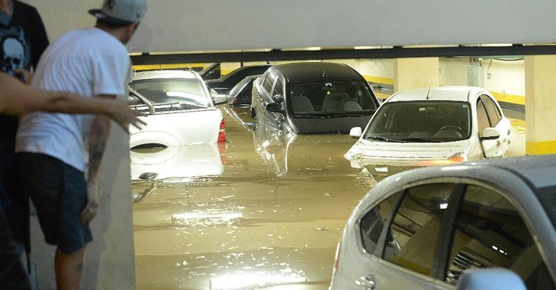 inundacao em garagem de predio o seguro auto cobre