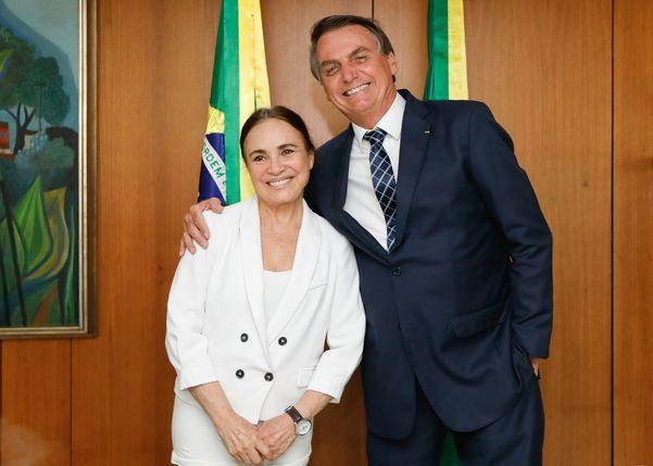 presidente da republica jair bolsonaro durante encontro com regina duarte 169355 article