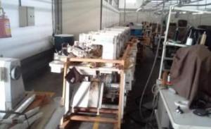maquinas de costura preparadas para serem retiradas