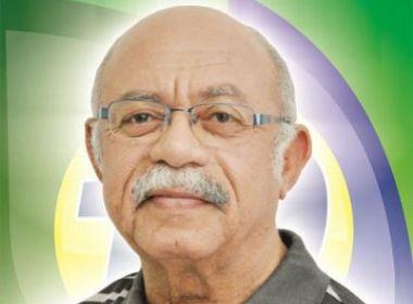 Dr. Correia