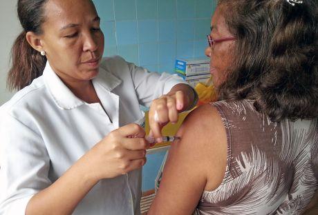 20130426075852_Vacina-460-Pedro-Augusto