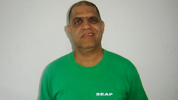 Pastor-Marcos-Pereira-com-uniforme-da-Secretaria-de-Estado-de-Administracao-Penitenciaria-Seap--size-598
