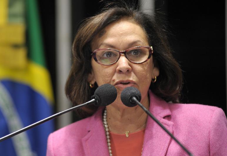 Senadora Lídice da Mata (PSB-BA) apresenta dados de pesquisa, feita pelo DataSenado, sobre a importância da cultura no Brasil