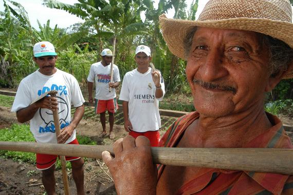 Trabalhadores Rurais Horta Organica Assentamento Caraibas-Quixeramobim-Ceara