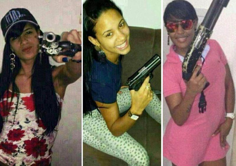 Mulheres_exibem_armas_identidade