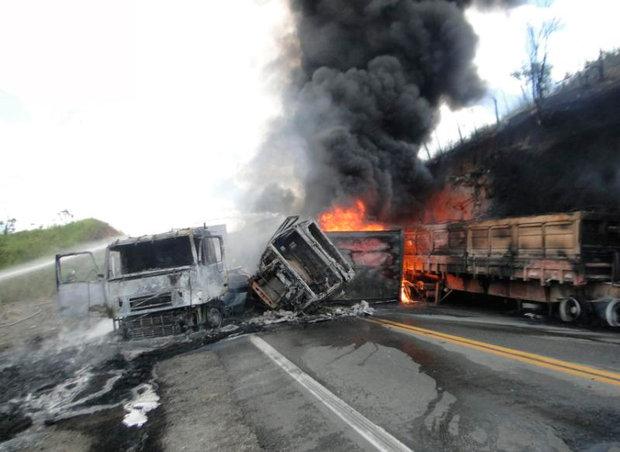 acidente-na-br-116-sul (1)