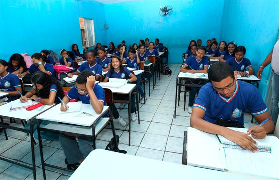 RTEmagicC_escola_07.jpg