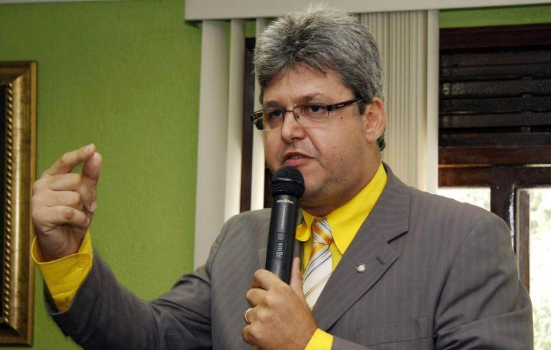 antonio_dessa_prefeito_saogoncalo_carlosaugusto_jornalgrandebahia