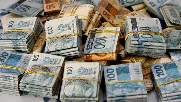 dinheiro muito dinheiro