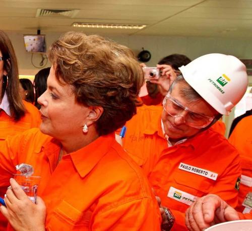 Dilma-Paulo-Roberto-Costa-e1413294055133