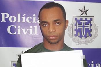 ACUSADO DE DOZE HOMICÍDIOS PRESO EM MONTE SANTO