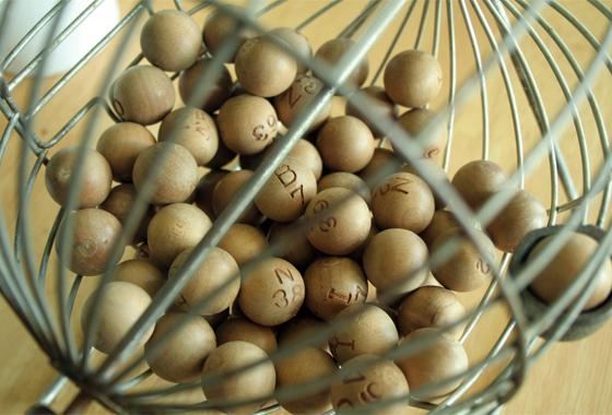 bingo_globo_cage_560