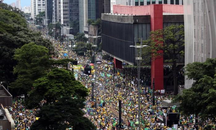 Manifestacao-em-Sao-Paulo-contra-o-governo-do-PT-2