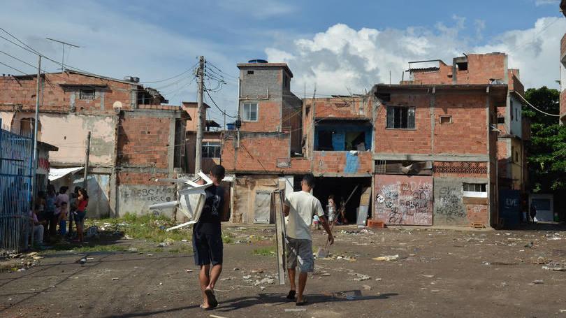 size_810_16_9_favela-no-rio-de-janeiro