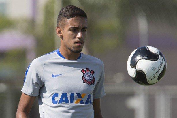 matheus_pereira_deve_ser_negociado_com_o_futebol_7e