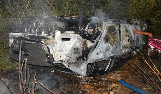 carro-encontrado-com-dois-corpos-em-santaluz