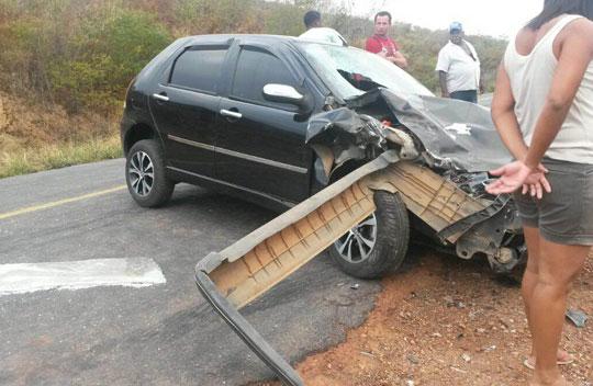 acidente-ba-142-tanhacu-foto-site-brumado-noticias-53