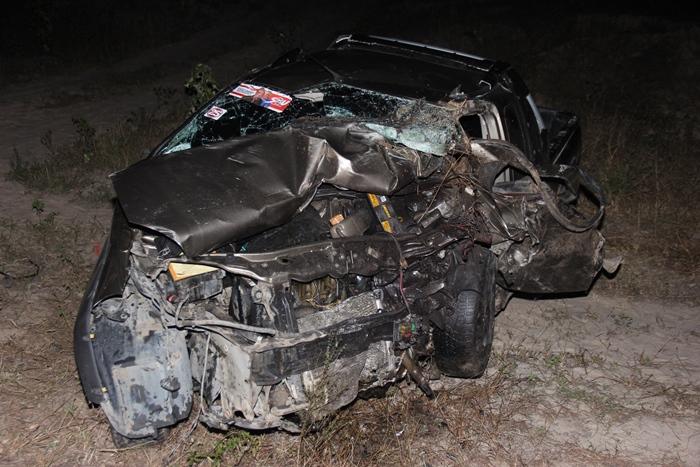 acidente-na-BA-411-quatro-mortos-7-foto-raimundo-mascarenhas