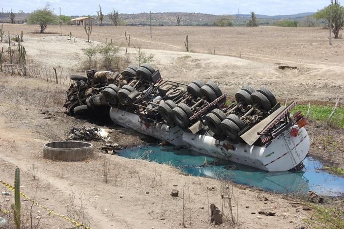 acidente na br 116 norte 1 foto raimundo mascarenhas