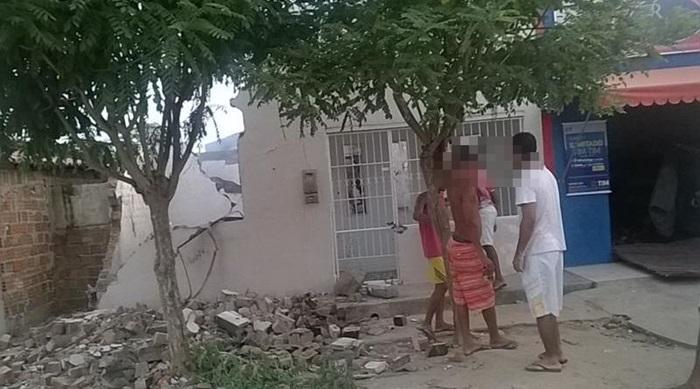 casa destruida em valente
