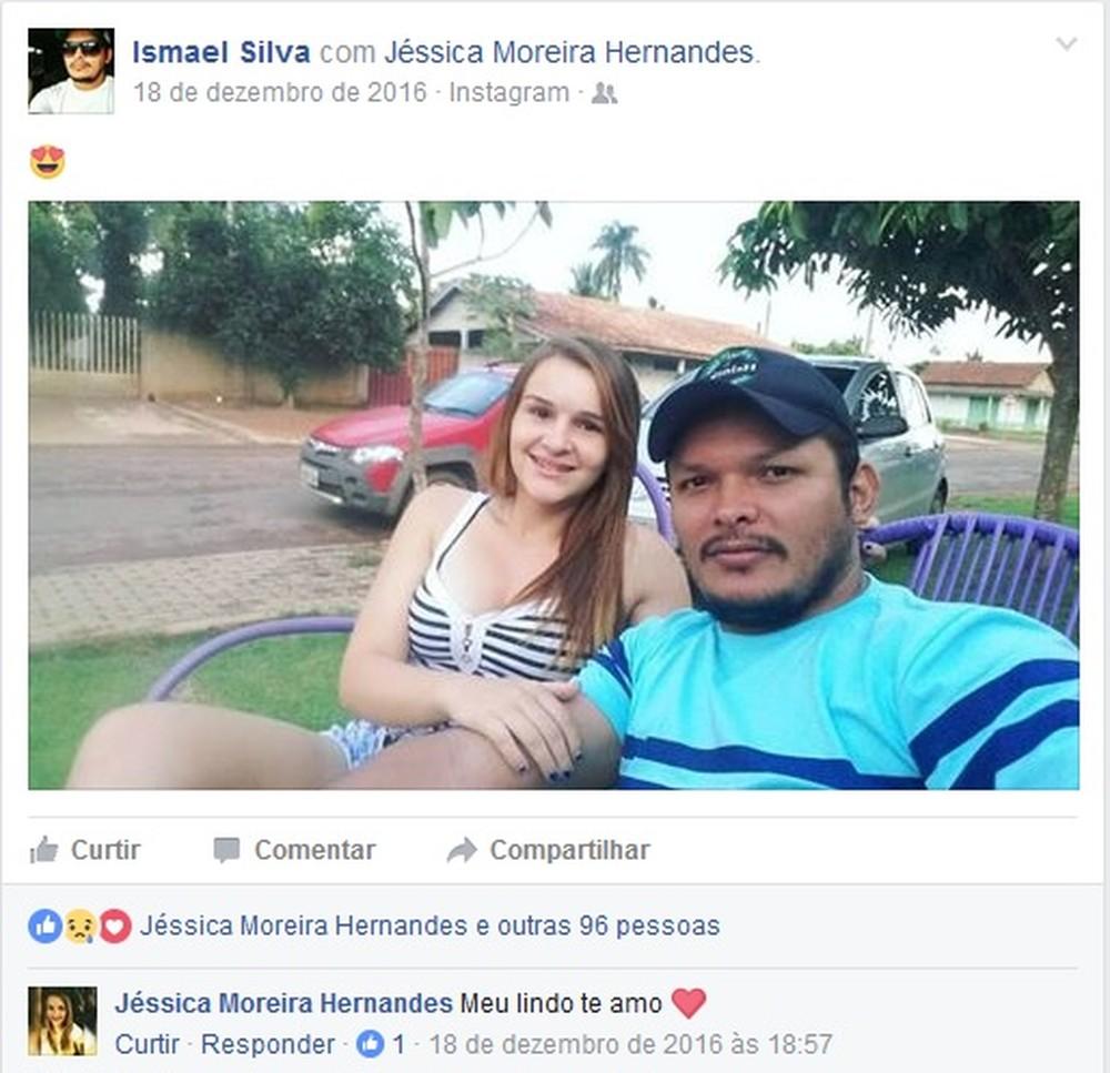 em foto publicada por ismael jessica se declara ao namorado