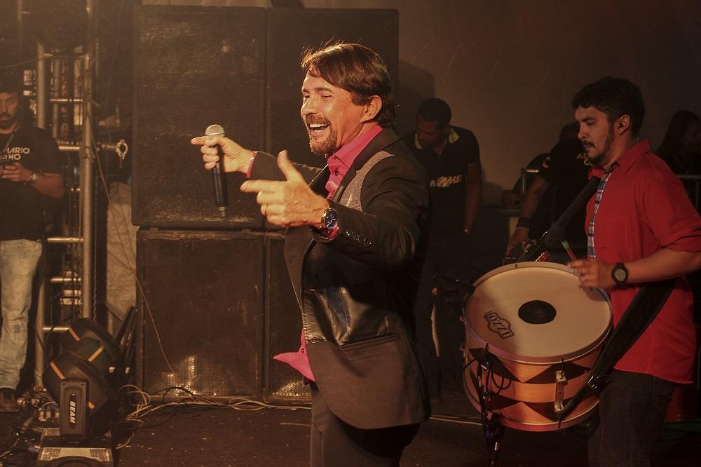 Adelmário Coelho comandou a festa na noite de segunda em Euclides Foto LEANDRO VILELA