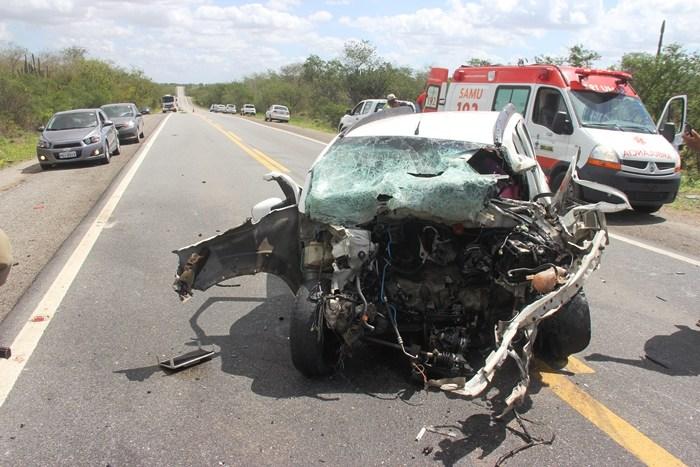acidente na br 324 27 07 17 foto4 raimundo mascarenhas