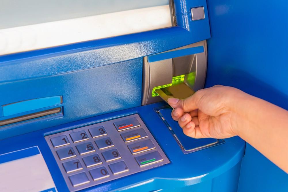 071191007 hand insert credit card atm ba