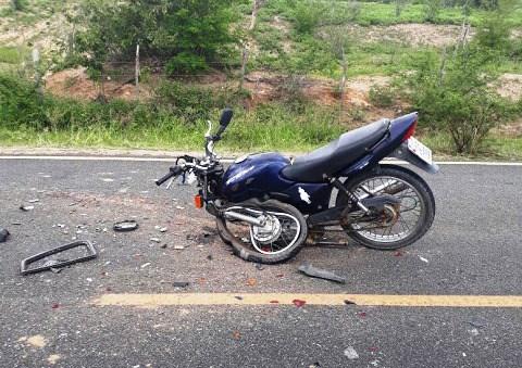 acidente na ba 130