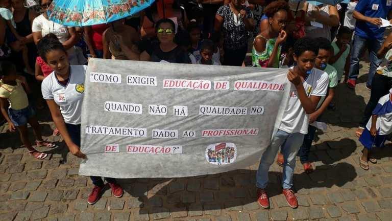 greve de professores em itiuba 3