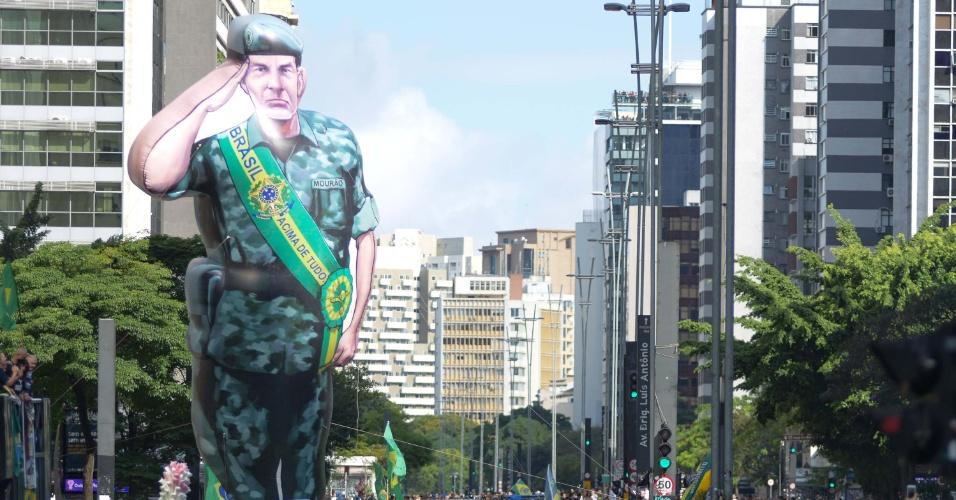 21out2018 boneco inflavel representa o general da reserva hamilton mourao prtb vice na chapa de jair bolsonaro psl em ato pro bolsonaro em sao paulo