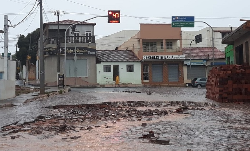 Após fortes chuvas em Correntina prefeitura analisa decretar Estado de Emergência