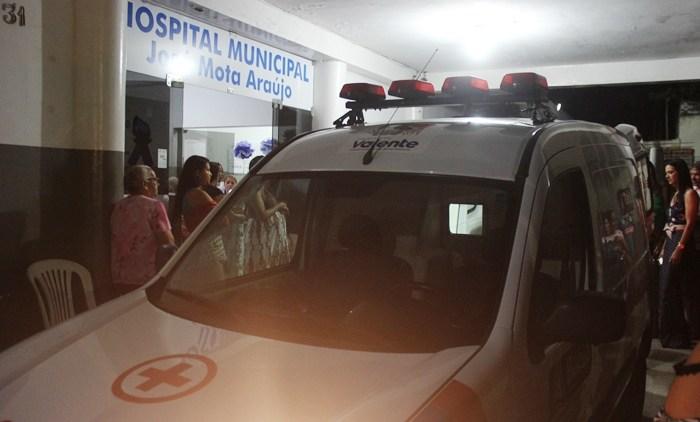 ambulancia hospital josé mota em valente foto Raimundo Mascarenhas CN