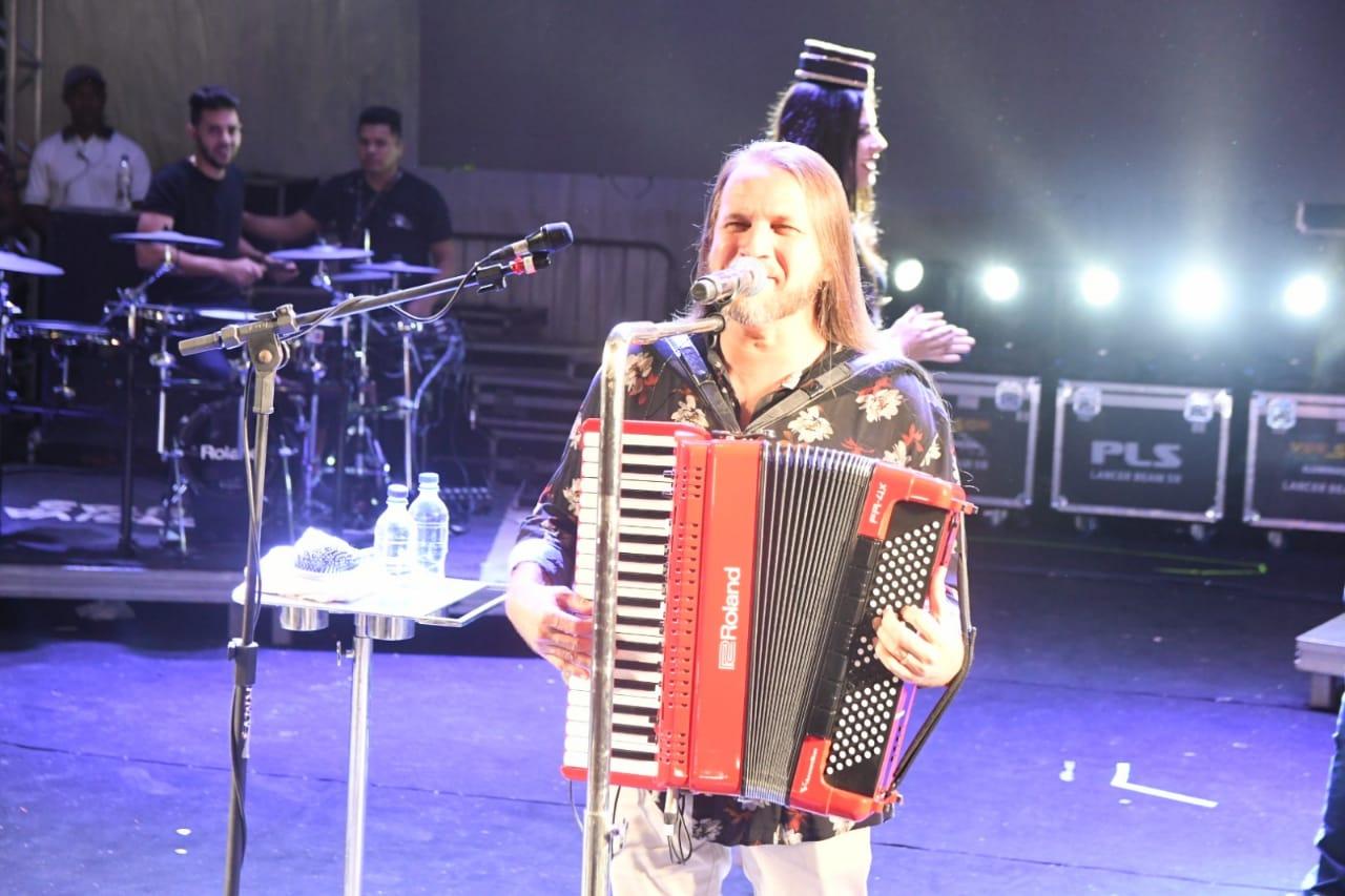 Dorgival Dantas show. Foto Tiago Martins