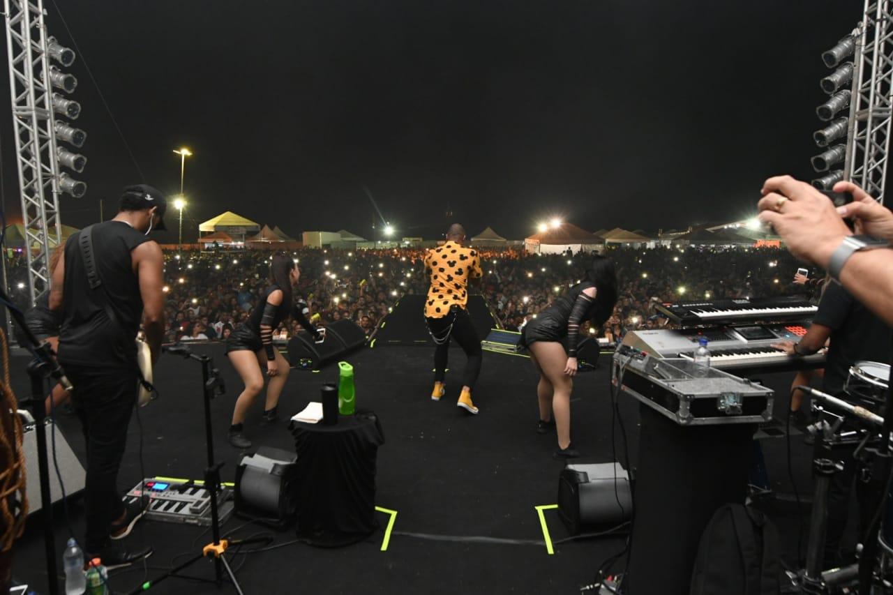 Léo Santana Show. Foto Tiago Martins
