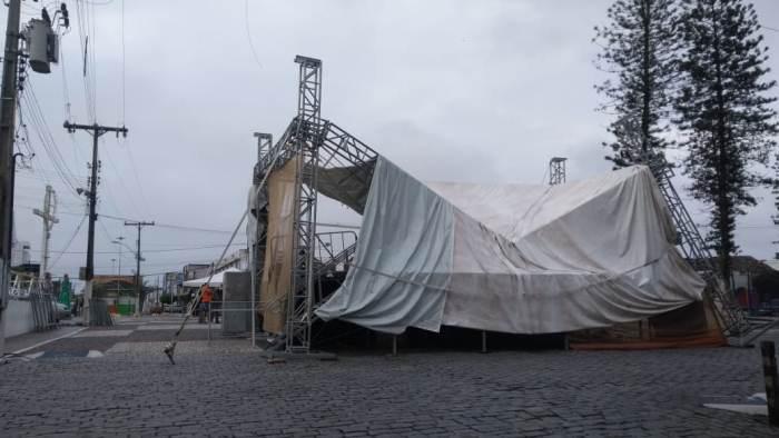 palco desaba com as chuvas de coité