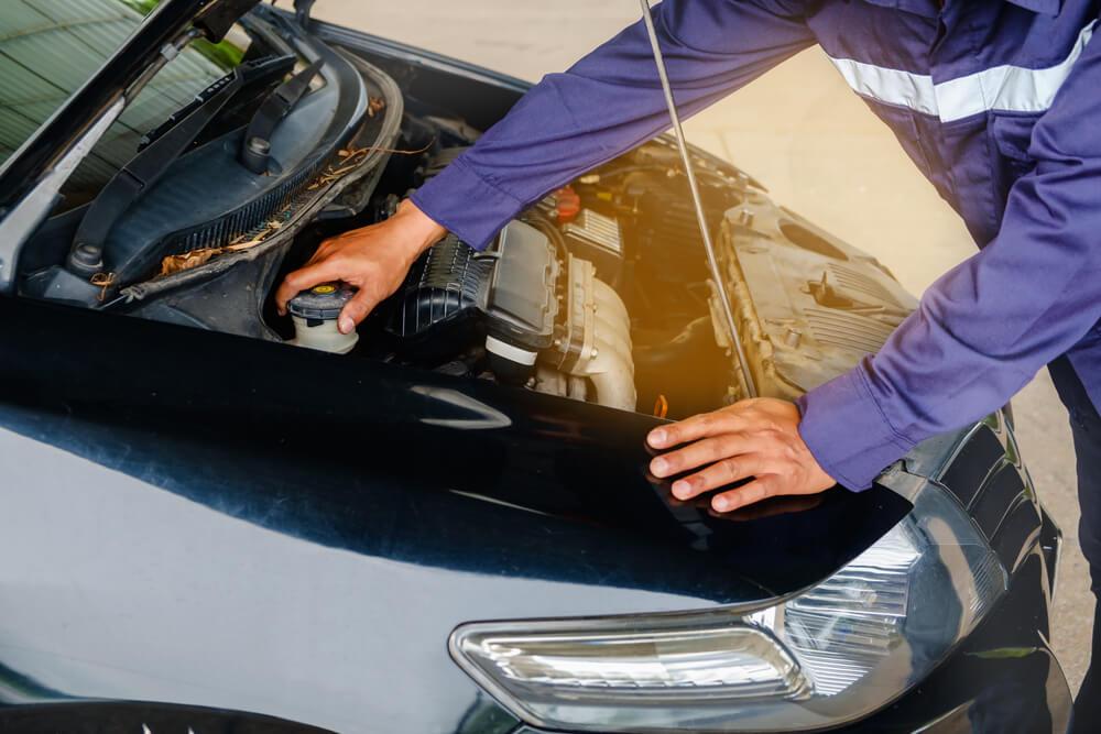 vazamento de agua no carro como identificar e o que fazer