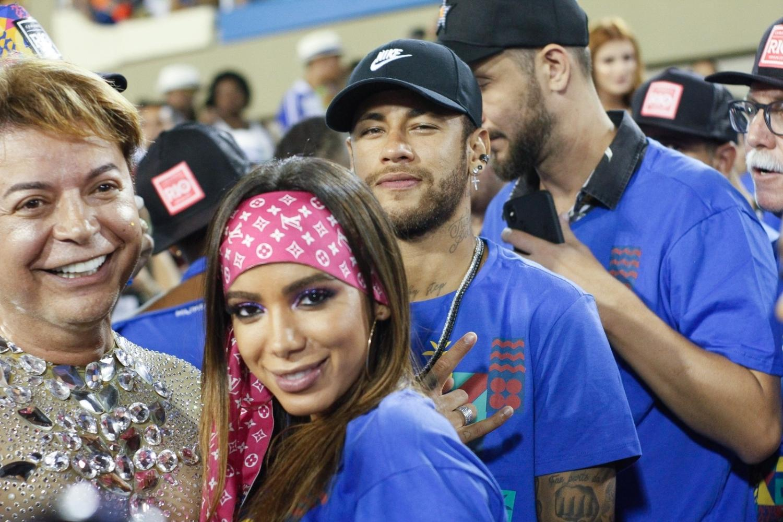 neymar anitta e david brazil em camarote na sapucai