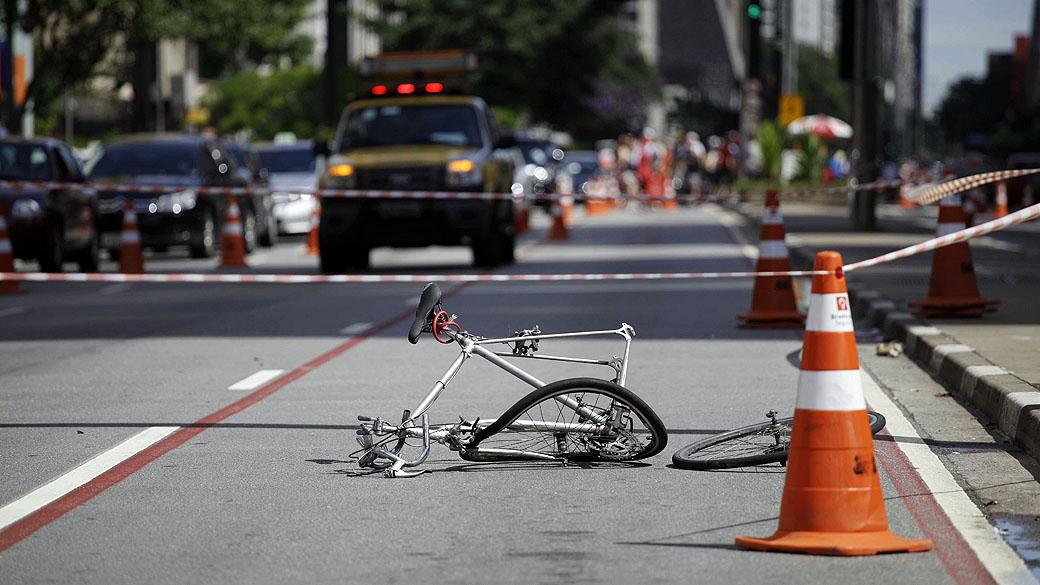 ciclista atropelamento avenida paulista 20130310 97 original6