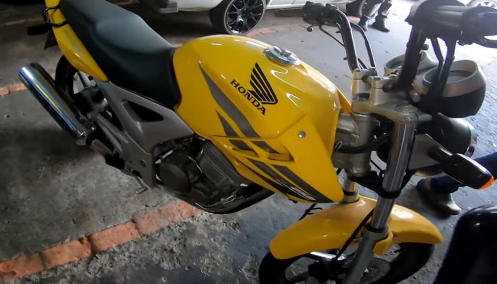 Raridade Honda Twister 2007 Zero Km e encontrada em garagem