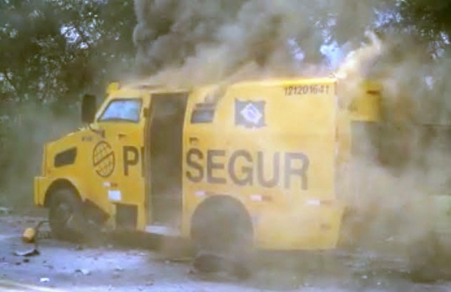 carro forte explodido em jacobina