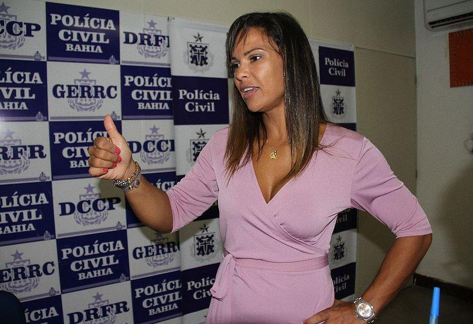 Delegada presa na Bahia suspeita de torturar suposta assaltante é exonerada