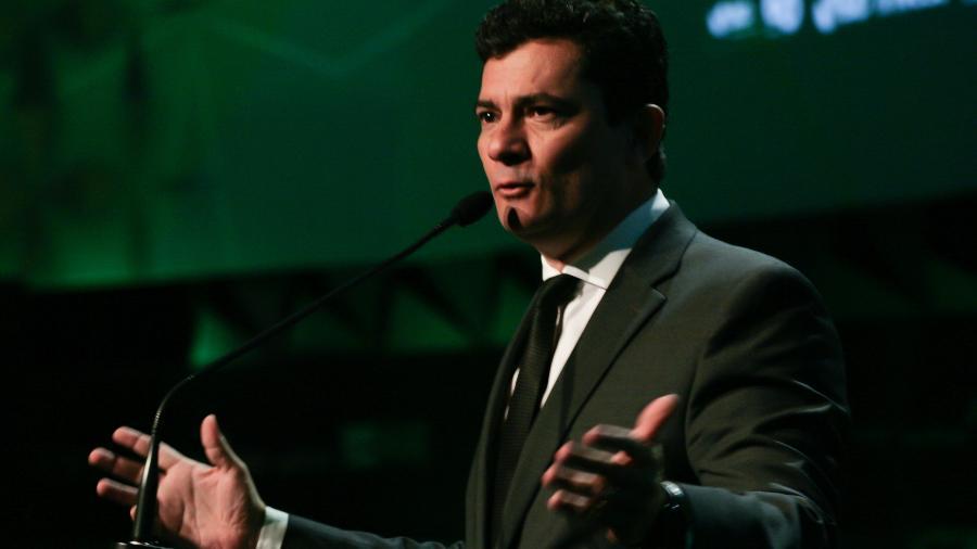 sergio moro durante forum de investimentos brasil 2019