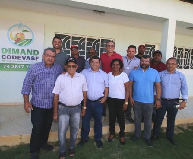 Prefeito de Juazeiro Paulo Bonfim e equipe