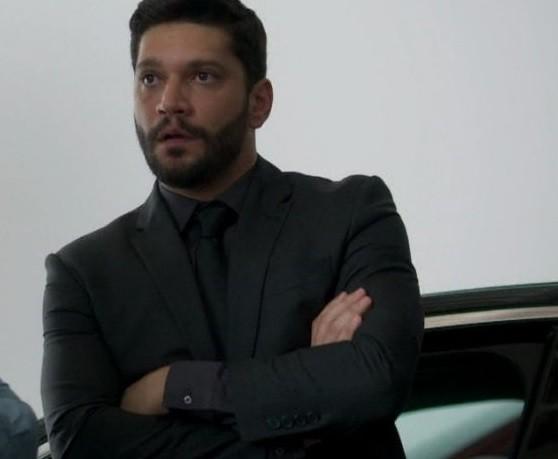 Diogo (Armando Babaioff)