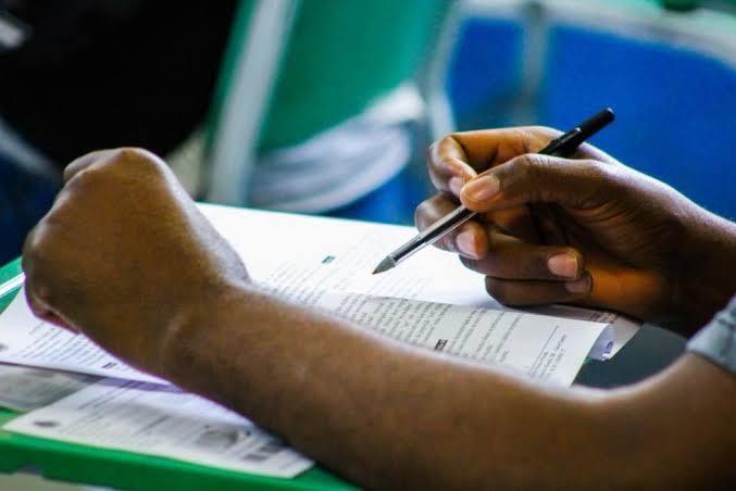 A prefeitura de Mucuri, no Estado da Bahia, vai encerrar inscrições para concurso público nesta quinta-feira (30).