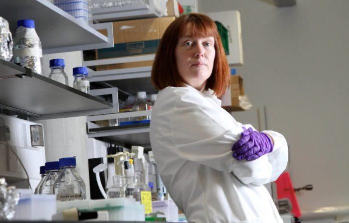 descoberta promissora vacina de oxford apresenta dupla defesa contra o coronavirus vacina oxford 696x445 1