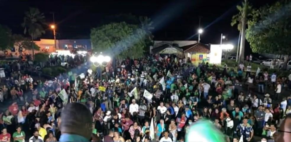 Fim de semana é marcado por aglomerações em cidades da Bahia