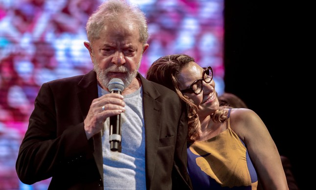 85747005 picture released by folha de pernambuco showing brazilian former president luiz inacio lula